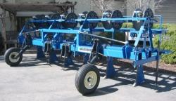 5 ROW 60, 66 – 3 ROW 80 DRIP-TAPE INJ. SLED